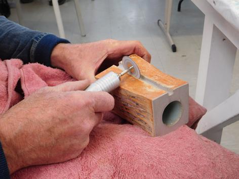 toni carving ceramic copy